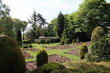 Hallfield-Hall-gardens.jpg