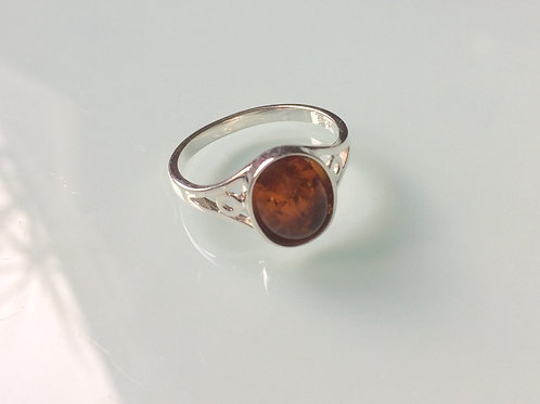 925 Sterling Silver and Amber Ladies Ring sizes J - R