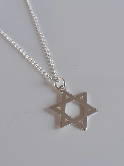 925 Sterling Silver Plain Star of David Necklace