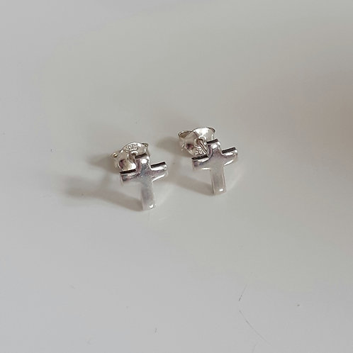 925 Sterling Silver Plain Cross Stud Earrings