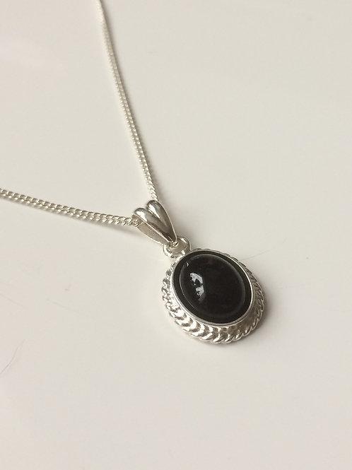 925 Sterling Silver Rope Edge 14 x 11mm Black Onyx Pendant Nec