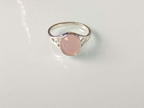 25 Sterling Silver and Rose Quartz Ladies Ring sizes J - R