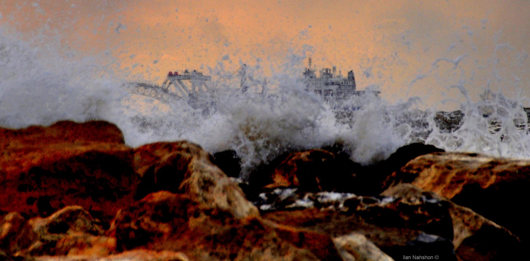 TLV -Metzizim beach storm