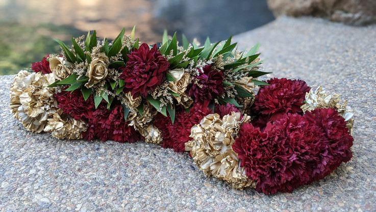 Haku Lei with matching XL Carnation Lei