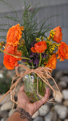 Mason Jar Ranunculus bouquet