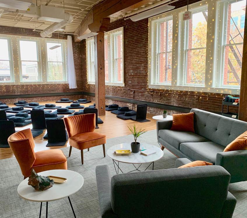 Pause Lounge Area