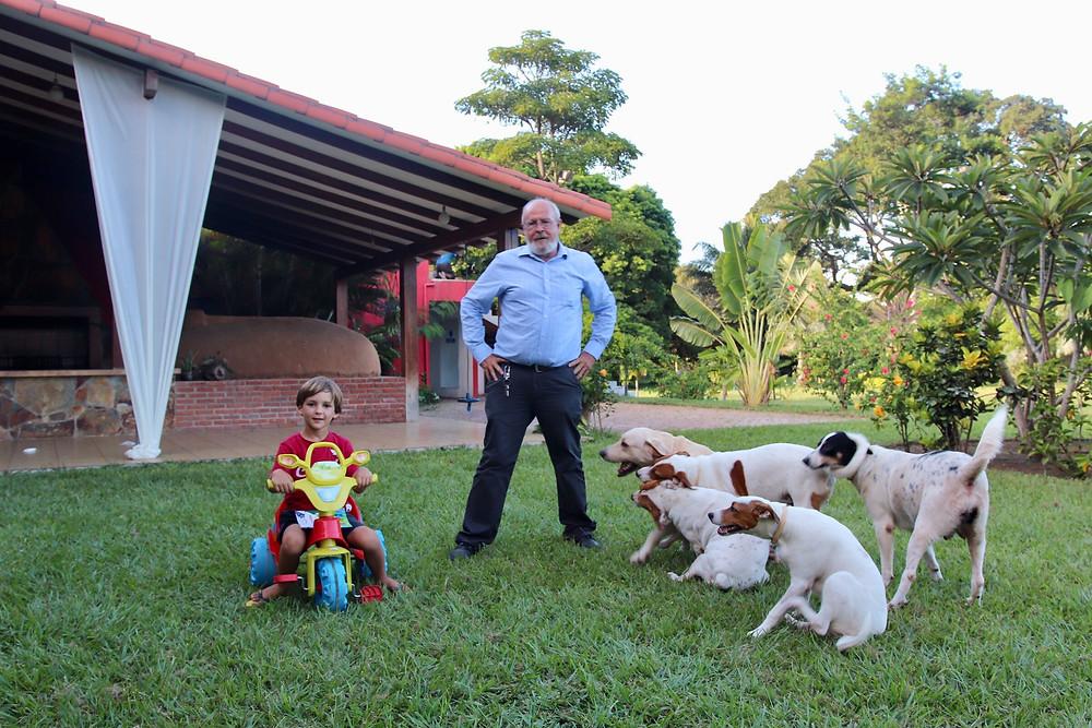 Martin et le Patron, Sergio et ses compagnons à 4 pattes