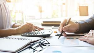 Caderninho ainda pode ser útil na gestão financeira?