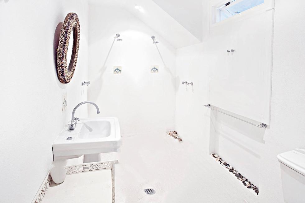 Superior West Loft 2 Bathroom