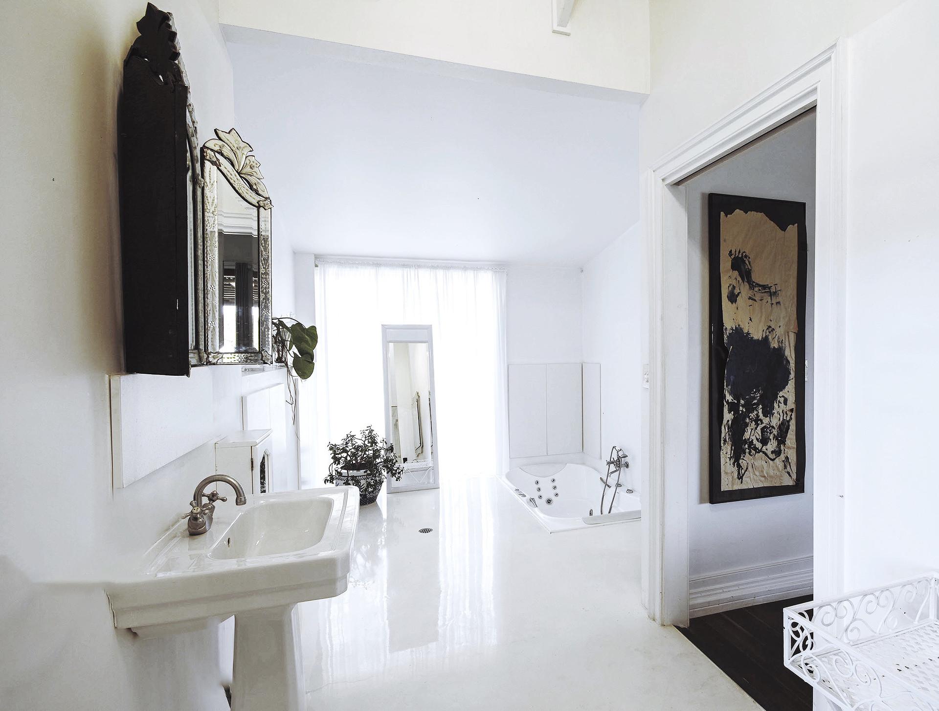 Eastern & Western Master Bathroom