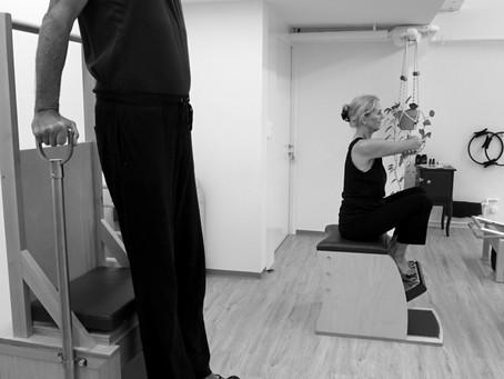 Wie Pilates das Sturzrisiko im Alter vermindert.