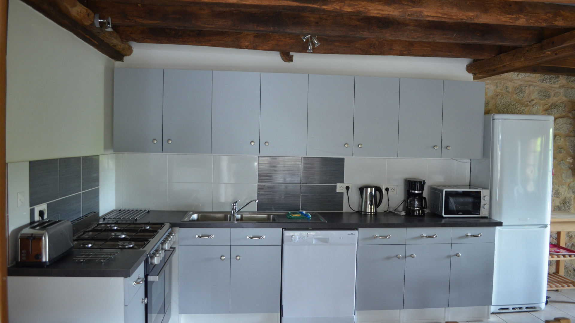 Railway Cottage fully equipped kitchen