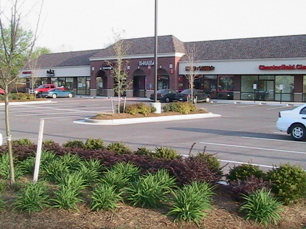 Retail Center - Chesterfield, MO
