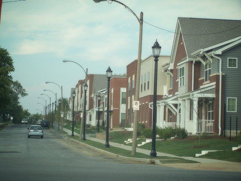 Streetscape along Clara Ave.