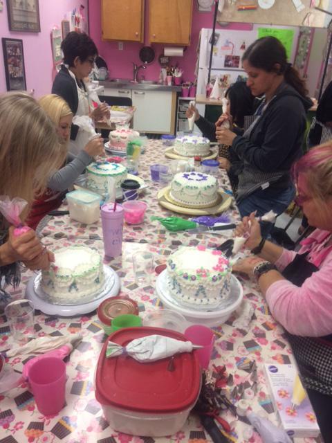 Beginning Cake Decorating