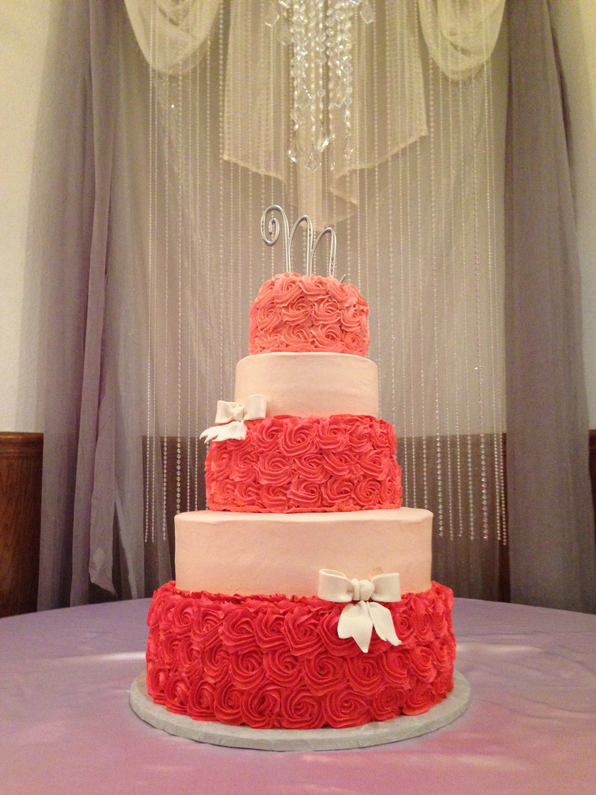 Monochromatic Rosette Cake