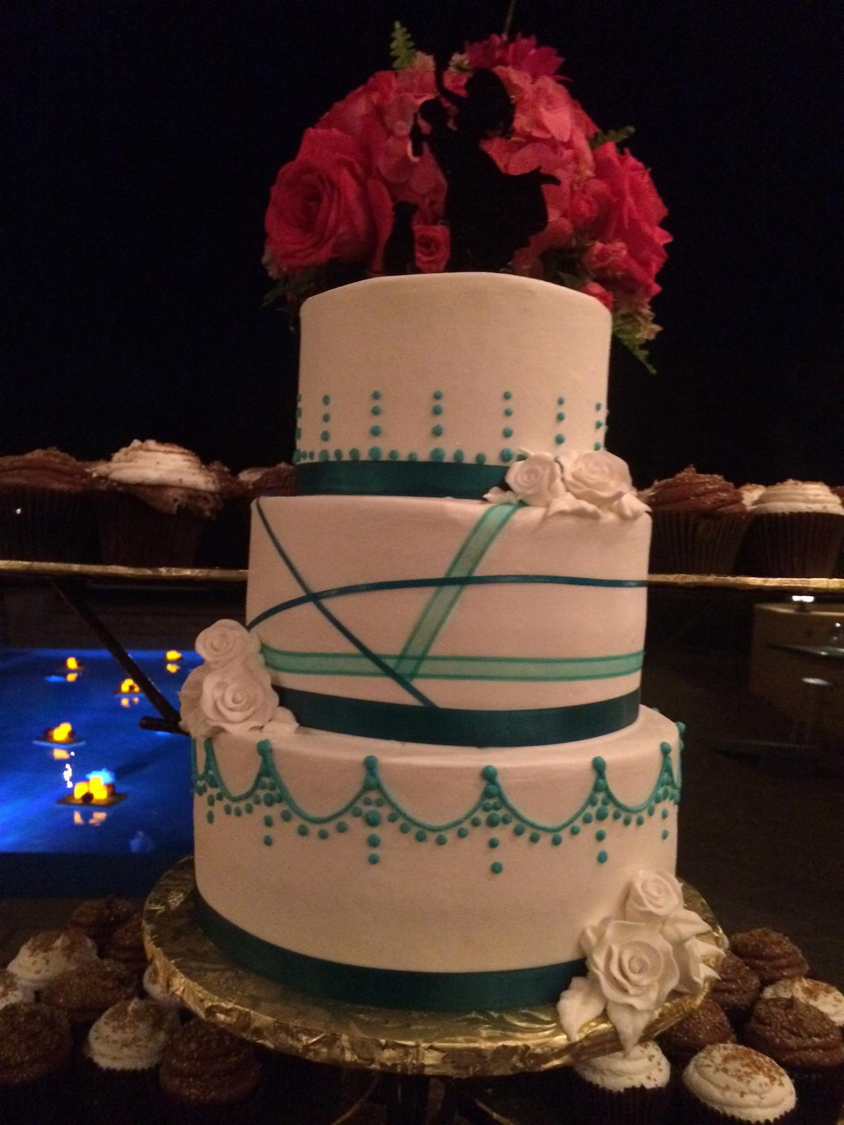 Modern Blue Ribbon Wedding cake