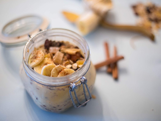 Overnight Oatmeal: Τα benefits & βασική συνταγή