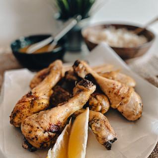 Υγιεινά, ζουμερά & τραγανά μπούτια κοτόπουλου