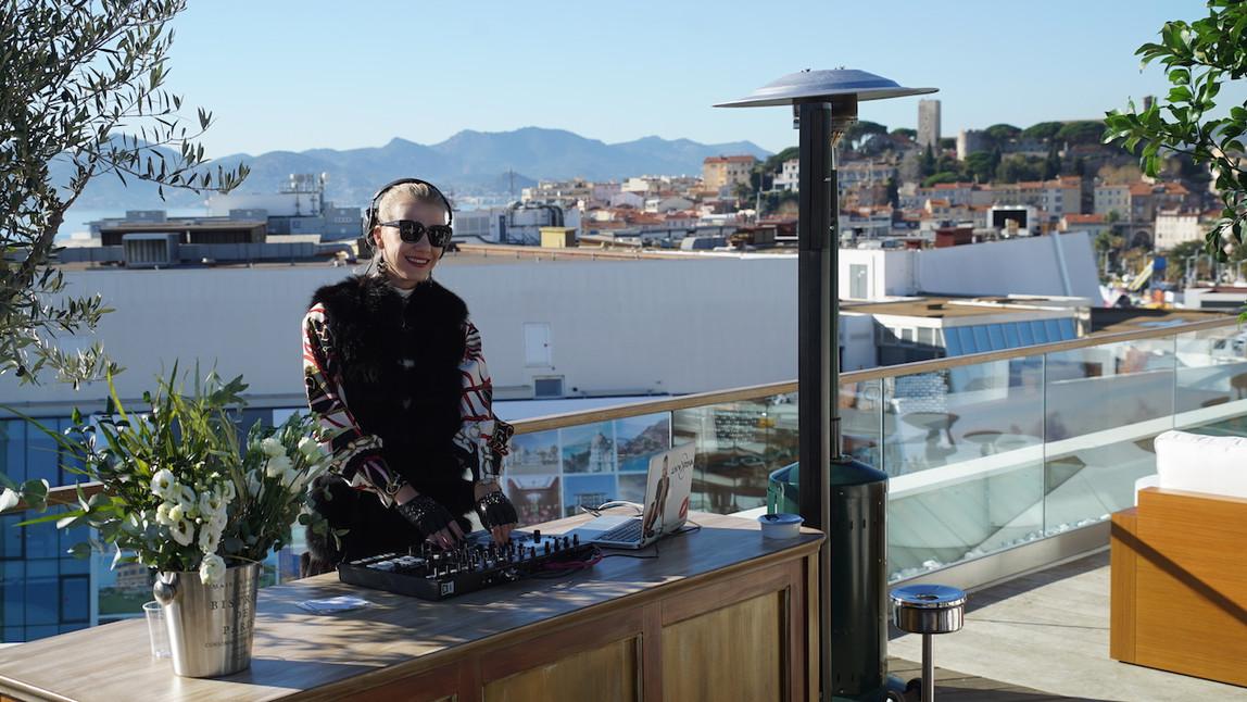 ILTM Cocktail Reception HOTEL MYTHA.mov