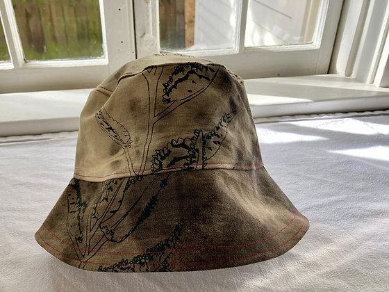 MOTHER OF MILLIONS BUCKET HAT
