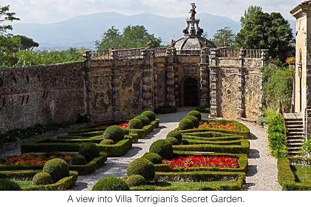 A view into Villa Torrigiani's Secret Garden.
