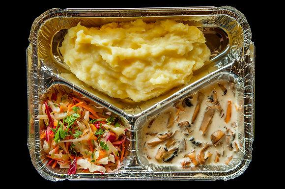 N1 Картофельное пюре/альфредо/салат из капусты