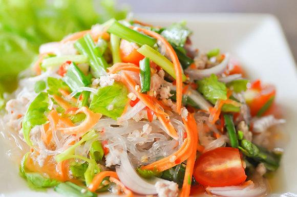 Тайский салат с фунчозой