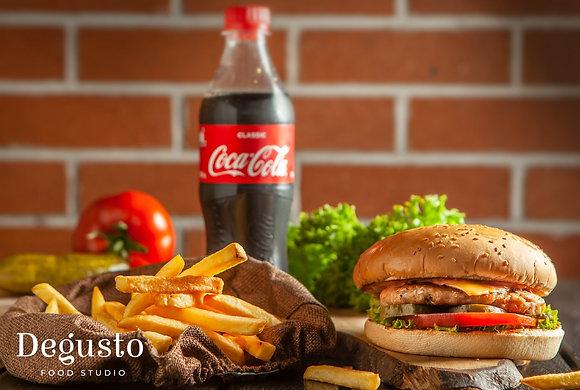 Бургер с курятиной Chicken burger - Фри - Кола 0,5 л