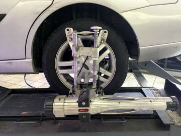 Wheel alignment performed in Winchester, Indiana