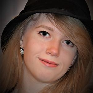 Mercy Senior Pictures