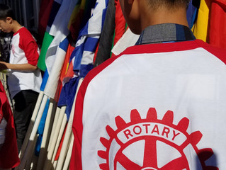 Rotary marches in Italian Heritage Parade of flags