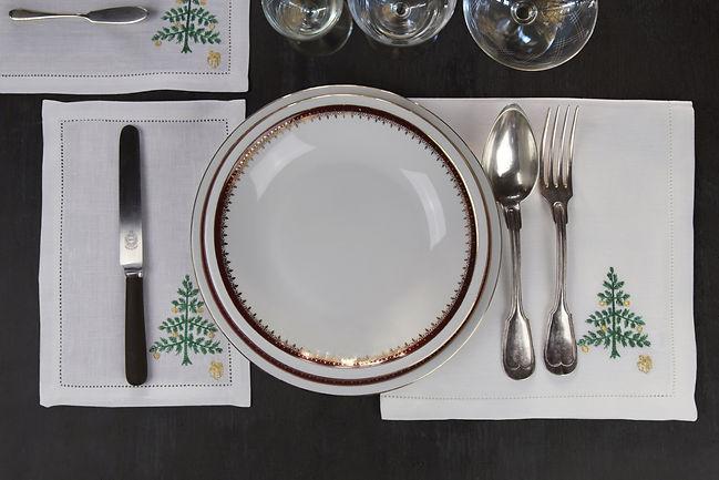 linge de table brodé