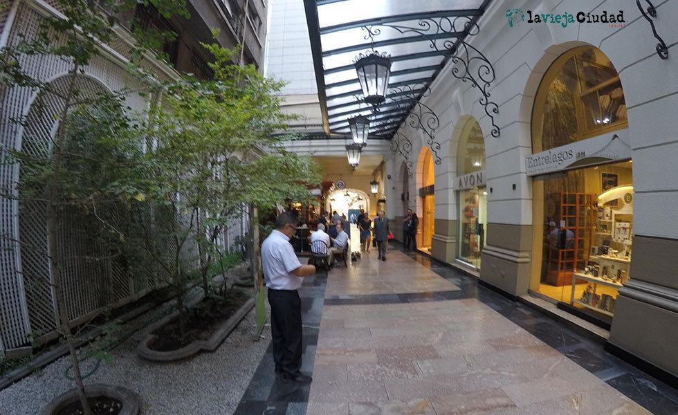Tour de las galerías comerciales