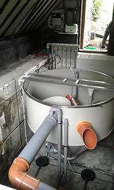 Montáž technologie do stávající plastové nádrže