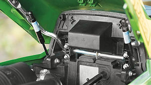 compact-utility-tractors-1026r-engine-r4