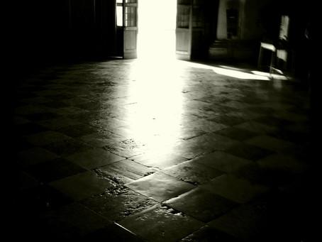 Die Geschichte vom Licht, der Dunkelheit und des Schattens
