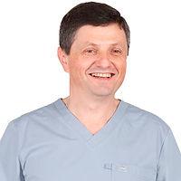 Пластический хирург по ринопластике Константинов Бадри Гулиевич, Клиника Хромова.