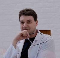 Пластический хирург Кахраманов Эльдар по маммопластике, Клиника Хромова.