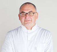 Пластический хирург Эфендиев Магомед по эндоскопической подтяжке лица, Клиника Хромова.