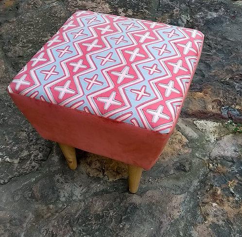 Ruta Textil - Puff Mola rosa