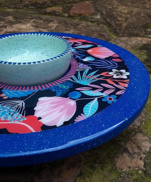 Lilaescarlata - Tabla giratoria con vasija azul