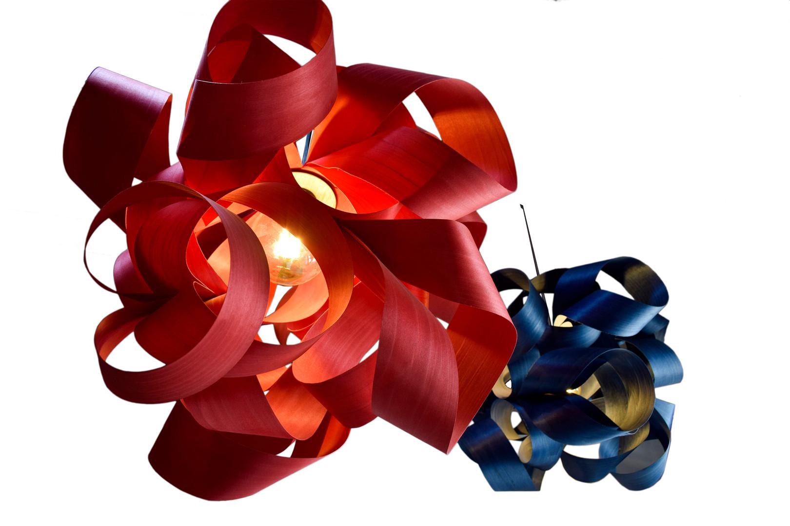 La Bellota Nidos roja azul.jpg