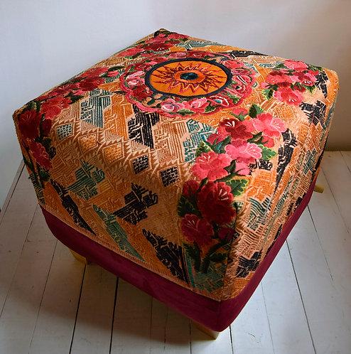 Ruta Textil - Puff Guatemala Rosas