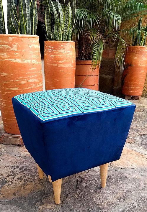 Ruta Textil - Puff Mola azul