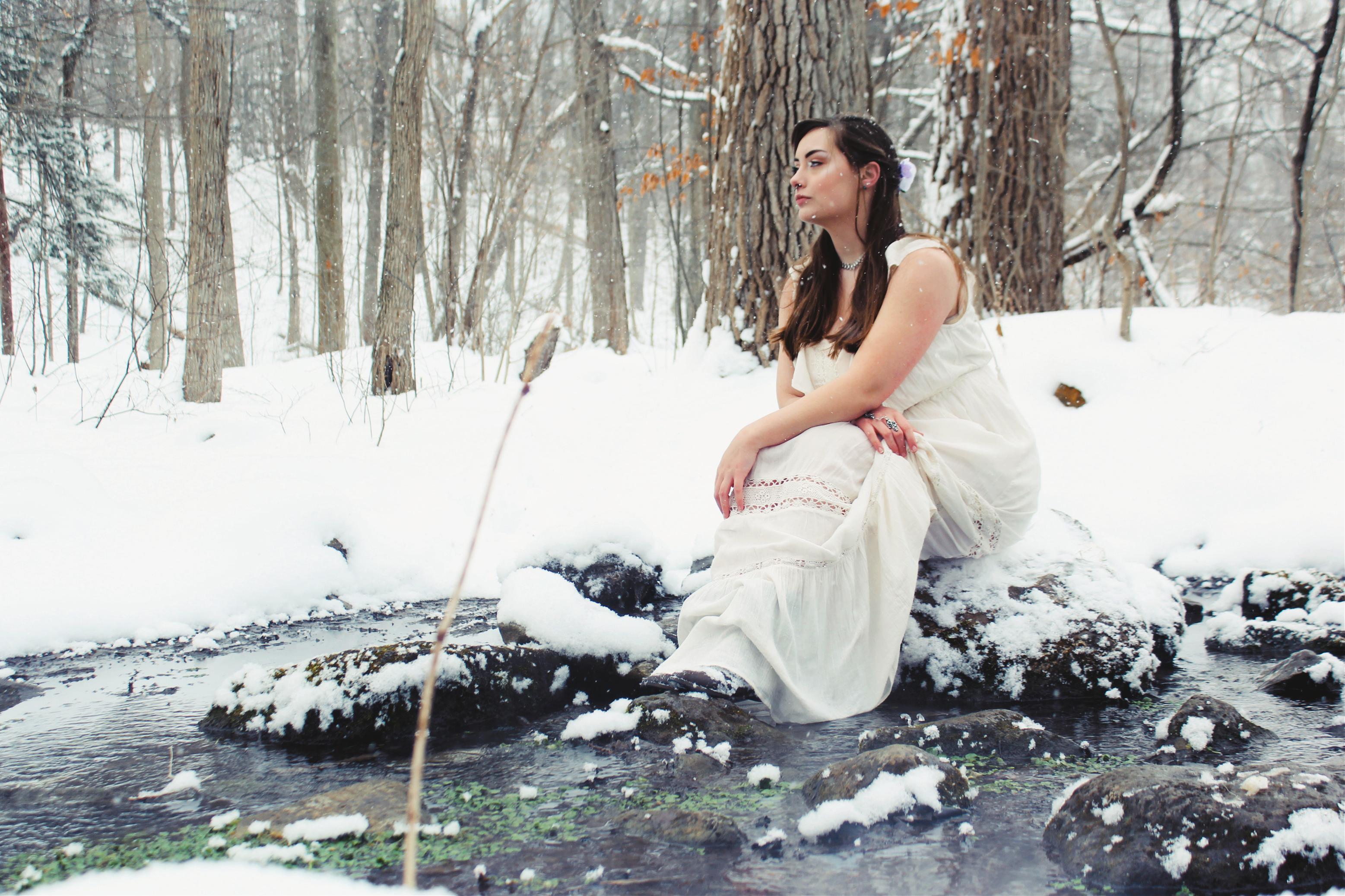 Jen in Snow 1