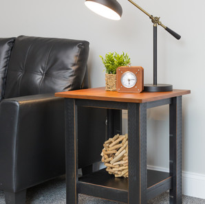 pnets20 end table with shelf (3).jpg