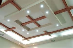 天井素材に香りと機能を