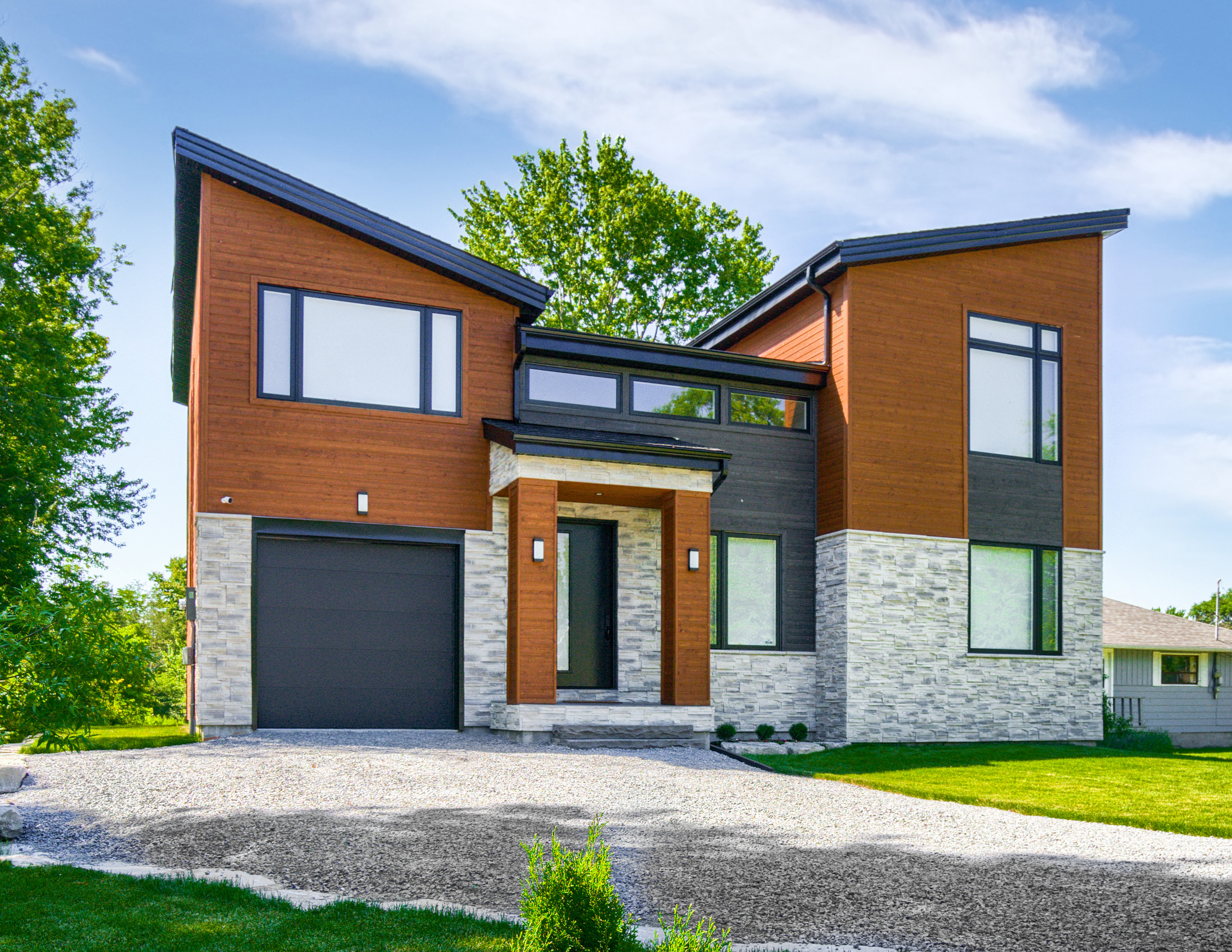 The Contemporary House 3000 Sq Ft