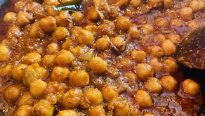 Chickpeas with fresh curry leaves by Shai Ayoub